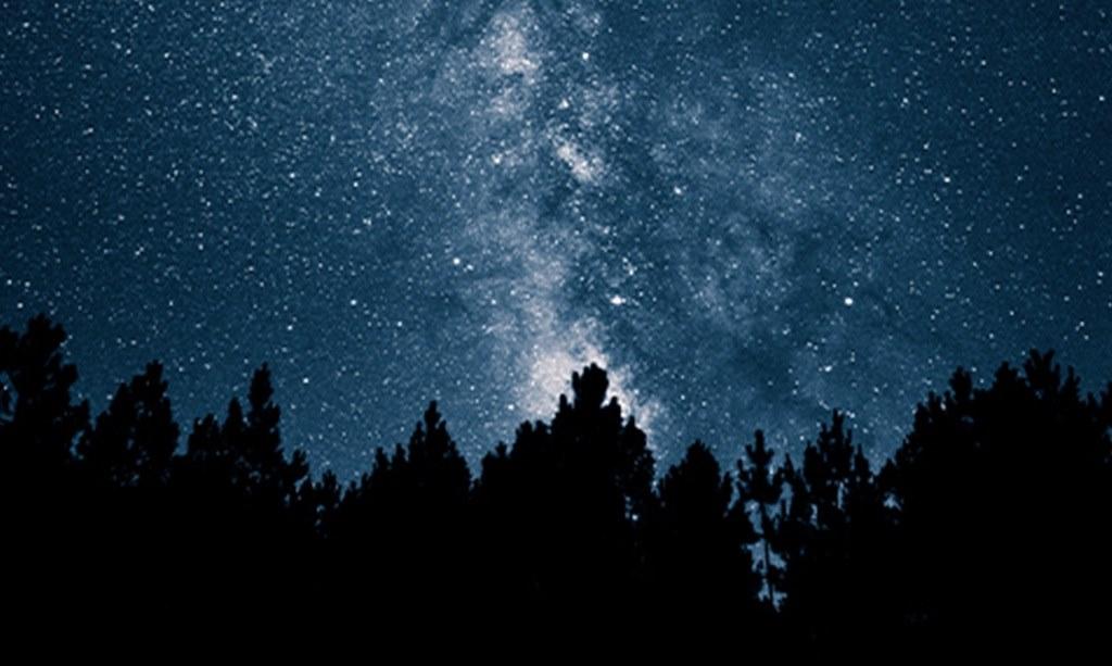 Tentang Doa, Debu, dan Bintang