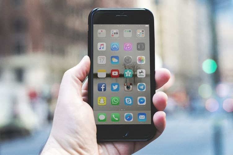 how to choose a smartphone apps