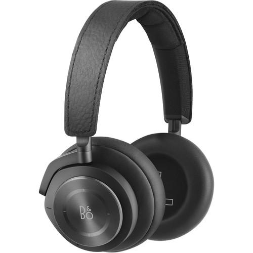 Best headphones for travel and working out