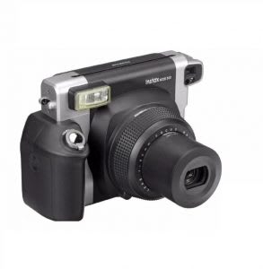 Best instant camera for weddings and parties
