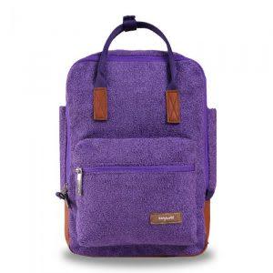 Tampil stylish dengan tas kecil
