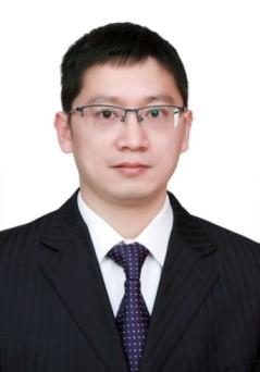 Yonggang Huang