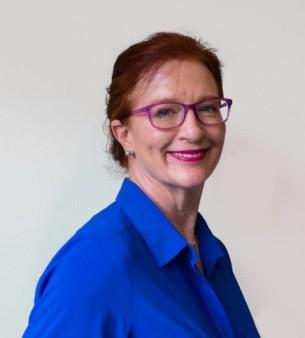 Danielle R. Barratt