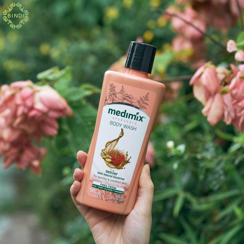 Sữa Tắm Medimix Tinh Dầu Cỏ Hương Bài
