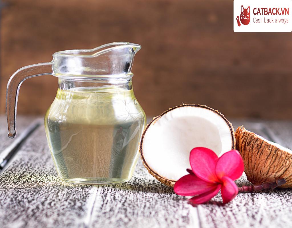 Dầu dừa cung cấp dưỡng chất tối ưu cho làn da vào mùa lạnh