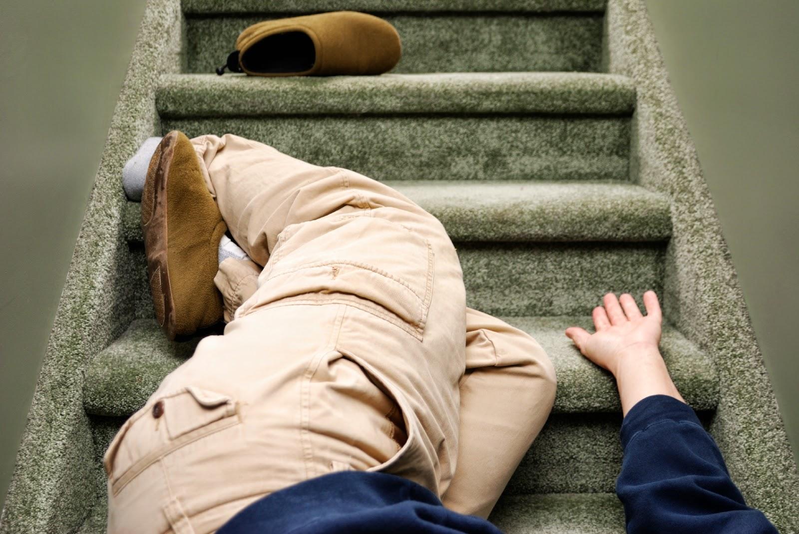 Điều cấm kỵ dịp tết 9: Trượt chân, vấp ngã