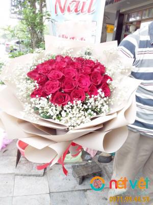 BÓ hồng đỏ