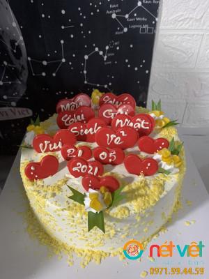 Bánh sinh nhật tim yêu