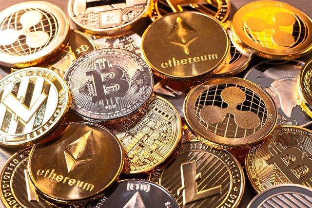 https://www.traderhub.vn/news/article/thi-truong-tien-ky-thuat-so-tro-lai-nguong-von-hoa-2-000-ty-usd