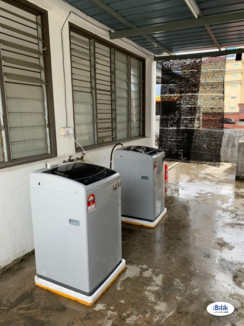Shared Aircon Room | Good Location (Middle of Georgetown) | Good Price (RM400 Only)