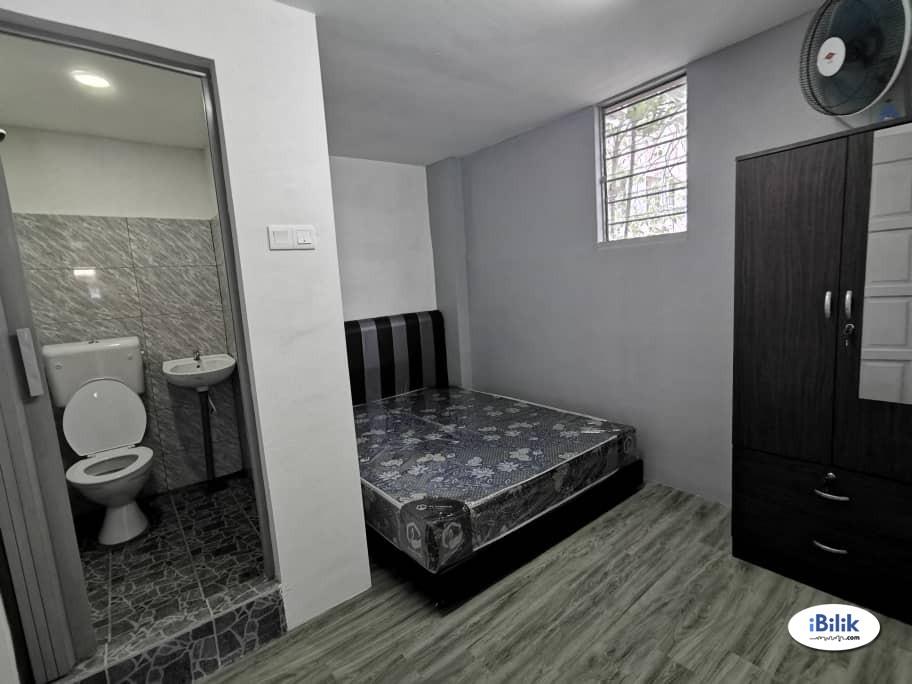 Master Room at Taman Sentosa, Johor Bahru Taman Pelangi
