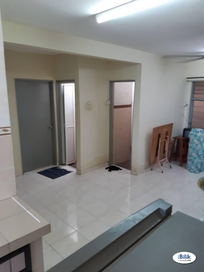 Fully furnished room at Pangsapuri Padang Jambu, Bukit Baru, Melaka