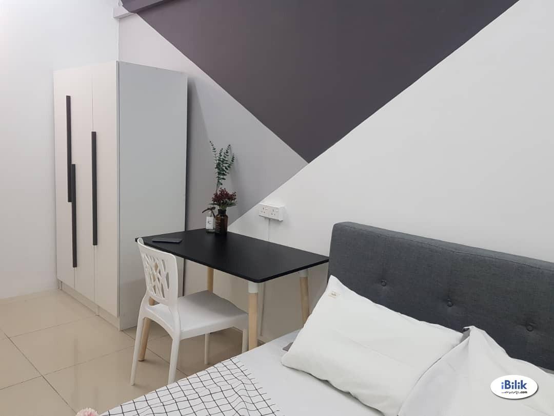 Clean & Comfortable room at Bandar Kinrara, The Zest, beside Bukit Jalil Highway, Kuala Lumpur