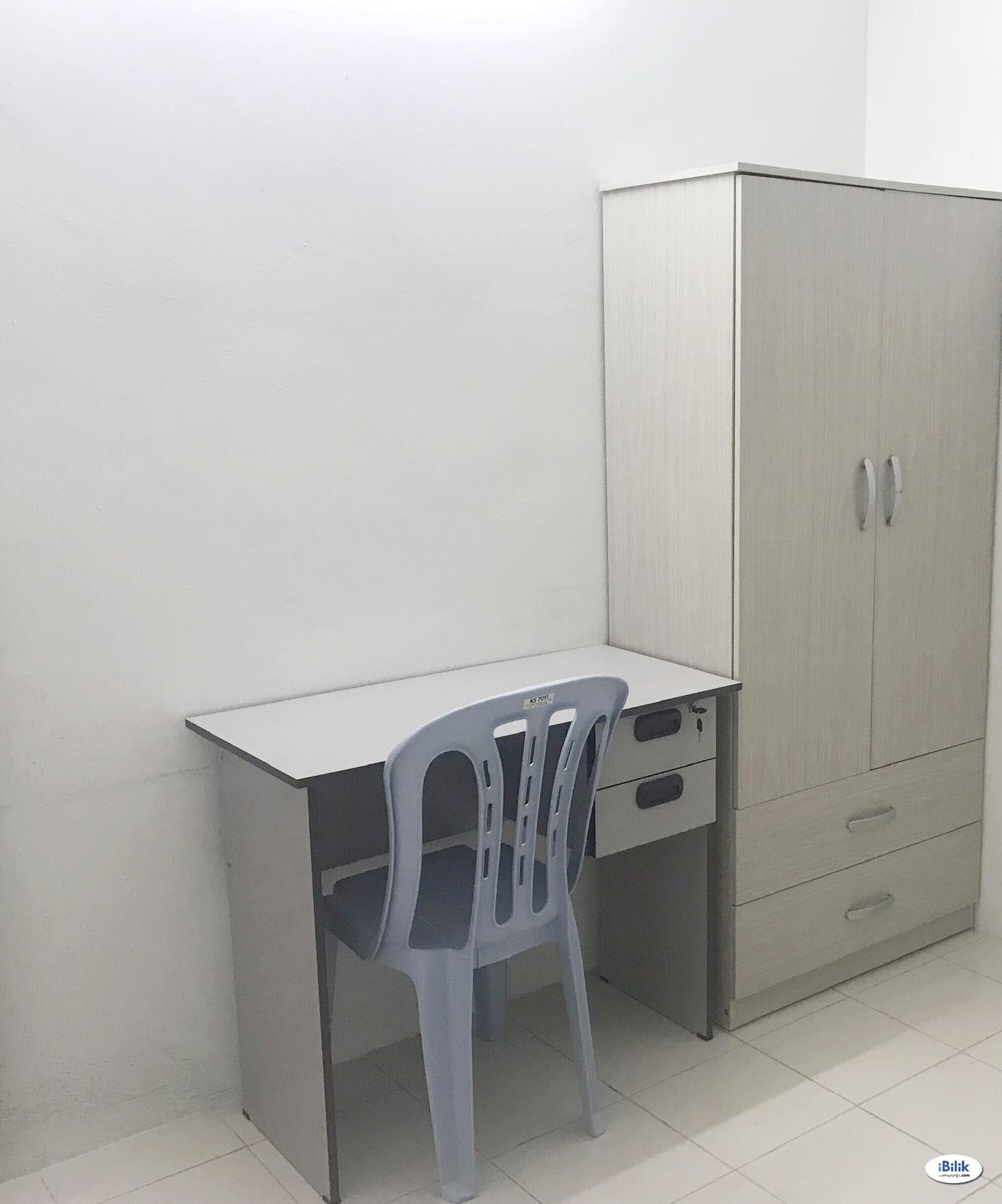 Medium Room at Residensi Laguna, Bandar Sunway