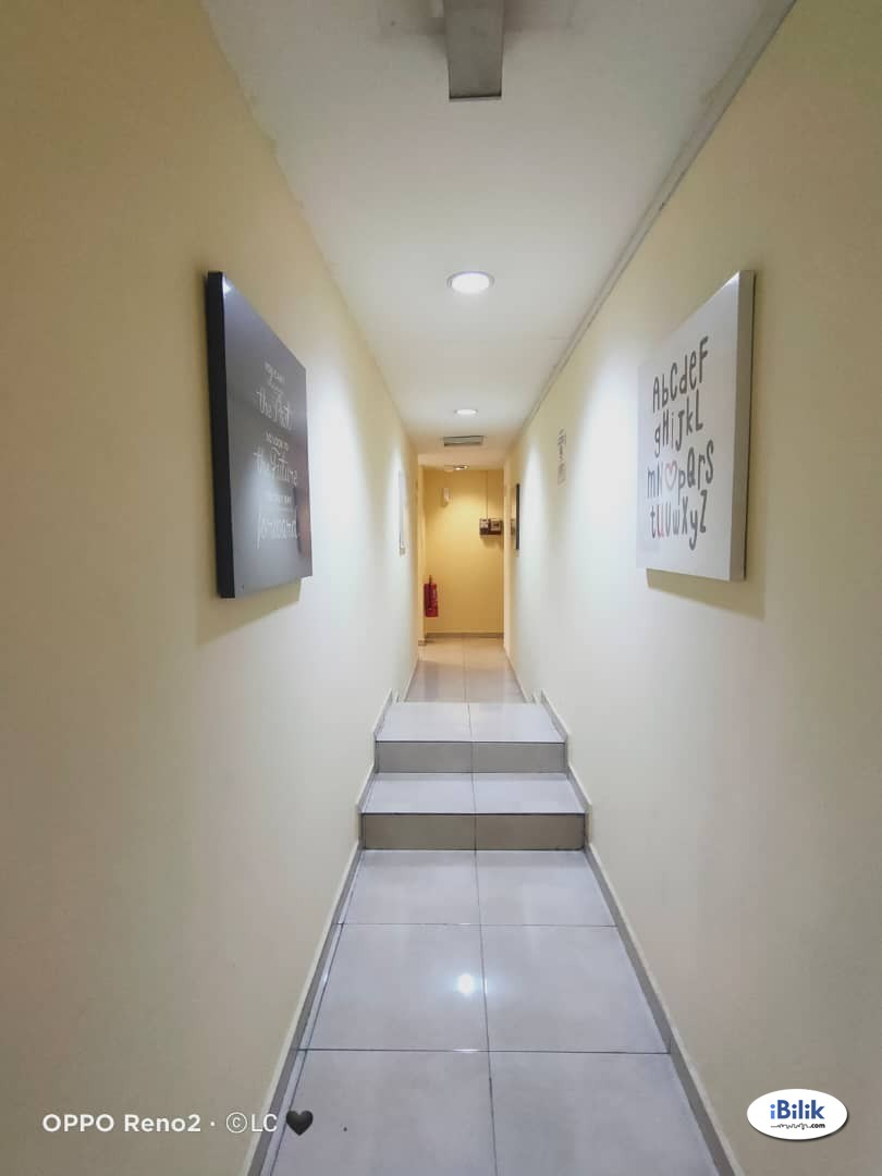 🔴 Middle Room 🔴 Nearby The Strand Mall with Private Bathroom ✨