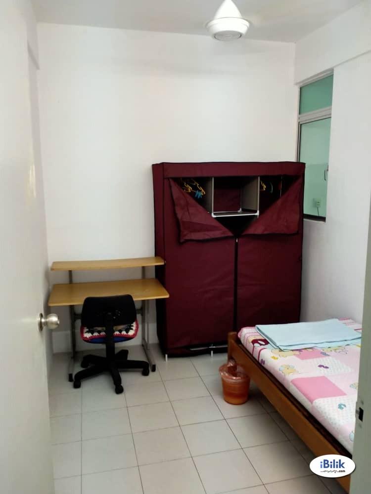 Middle Room at Pinang Laguna, Seberang Jaya