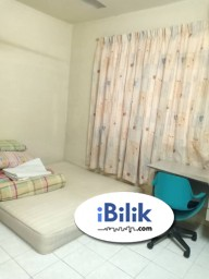 Room Rental in Kuala Lumpur - Middle Room at Platinum Hill PV5, Setapak Including Wifi & Electricity & Water fees