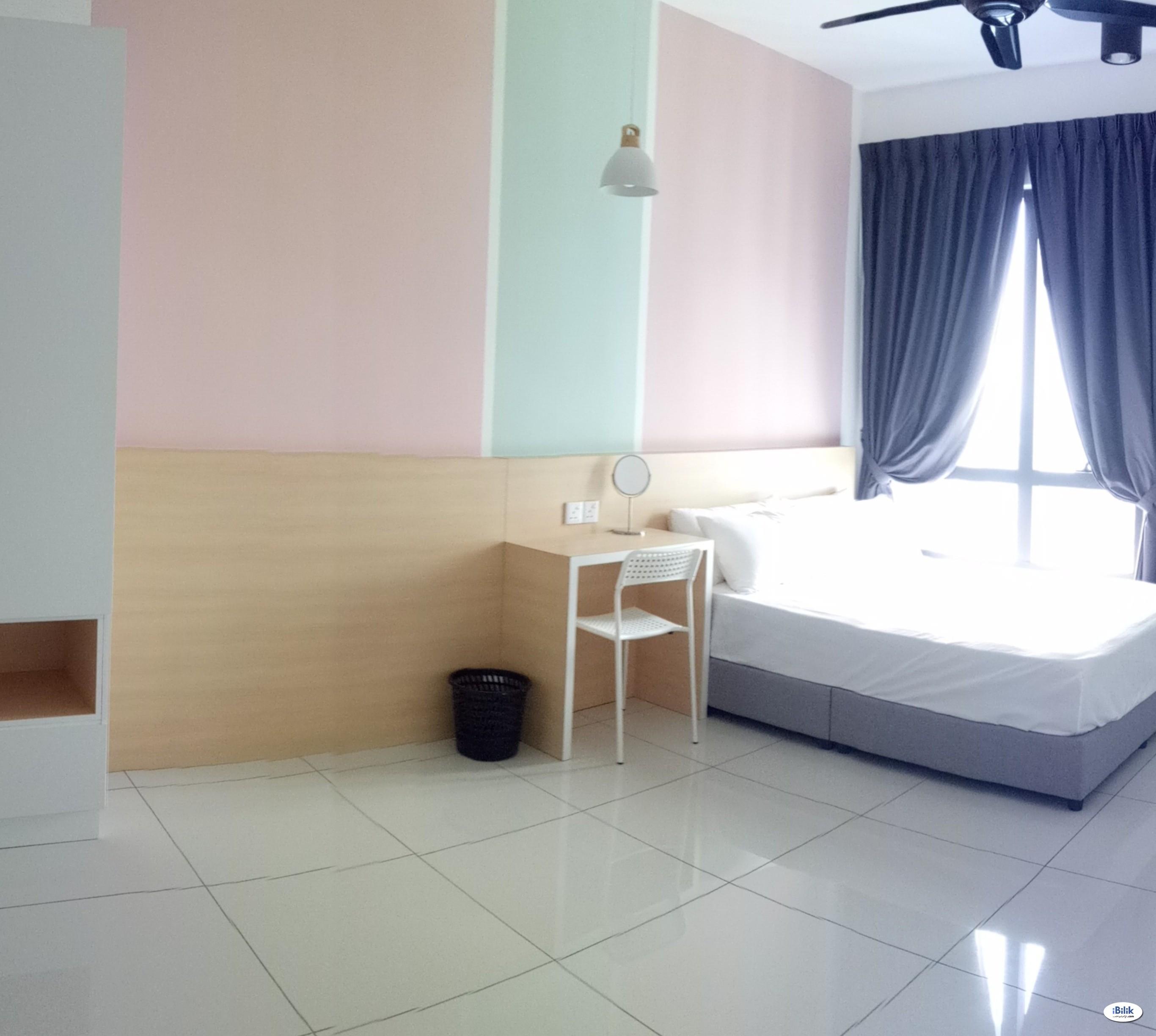 Cozy Room at Luminari, Butterworth