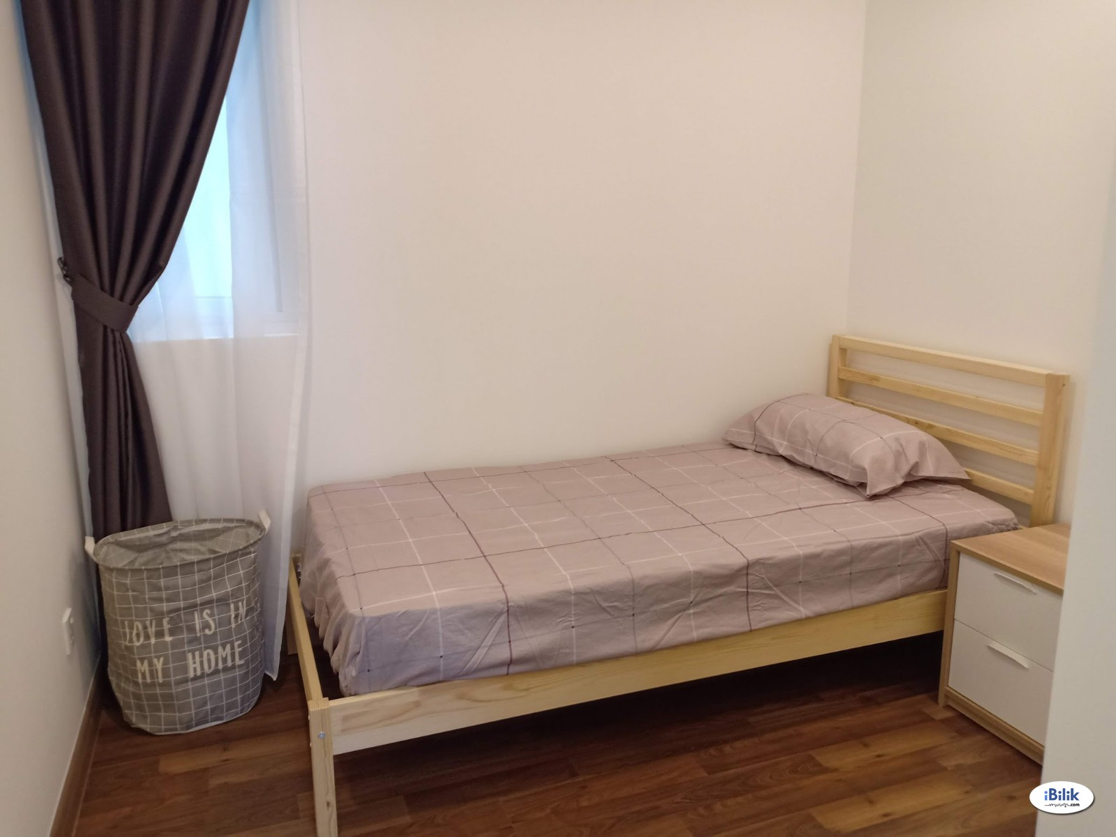 (FEMALE ONLY) Single Room at Sentul Point Suite Apartments, Sentul