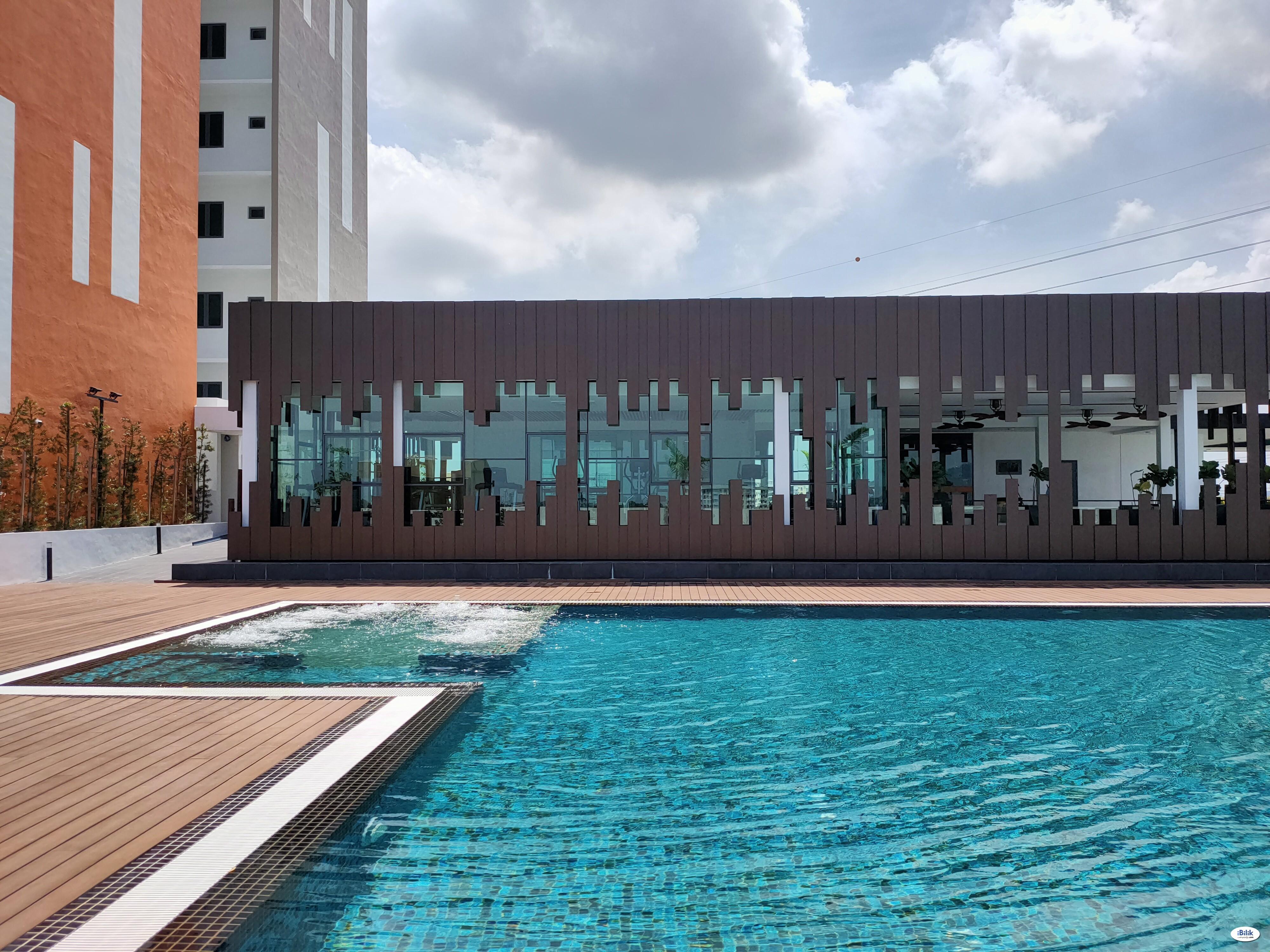 Seaview Middle Room with Balcony at Meritus Residensi, Seberang Perai, Penang