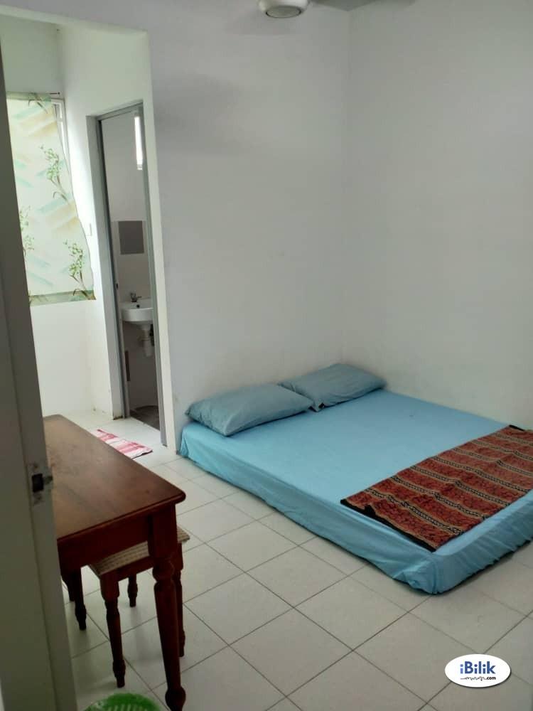Master Room at Laguna Indah Water Park Condo, Perai, Penang