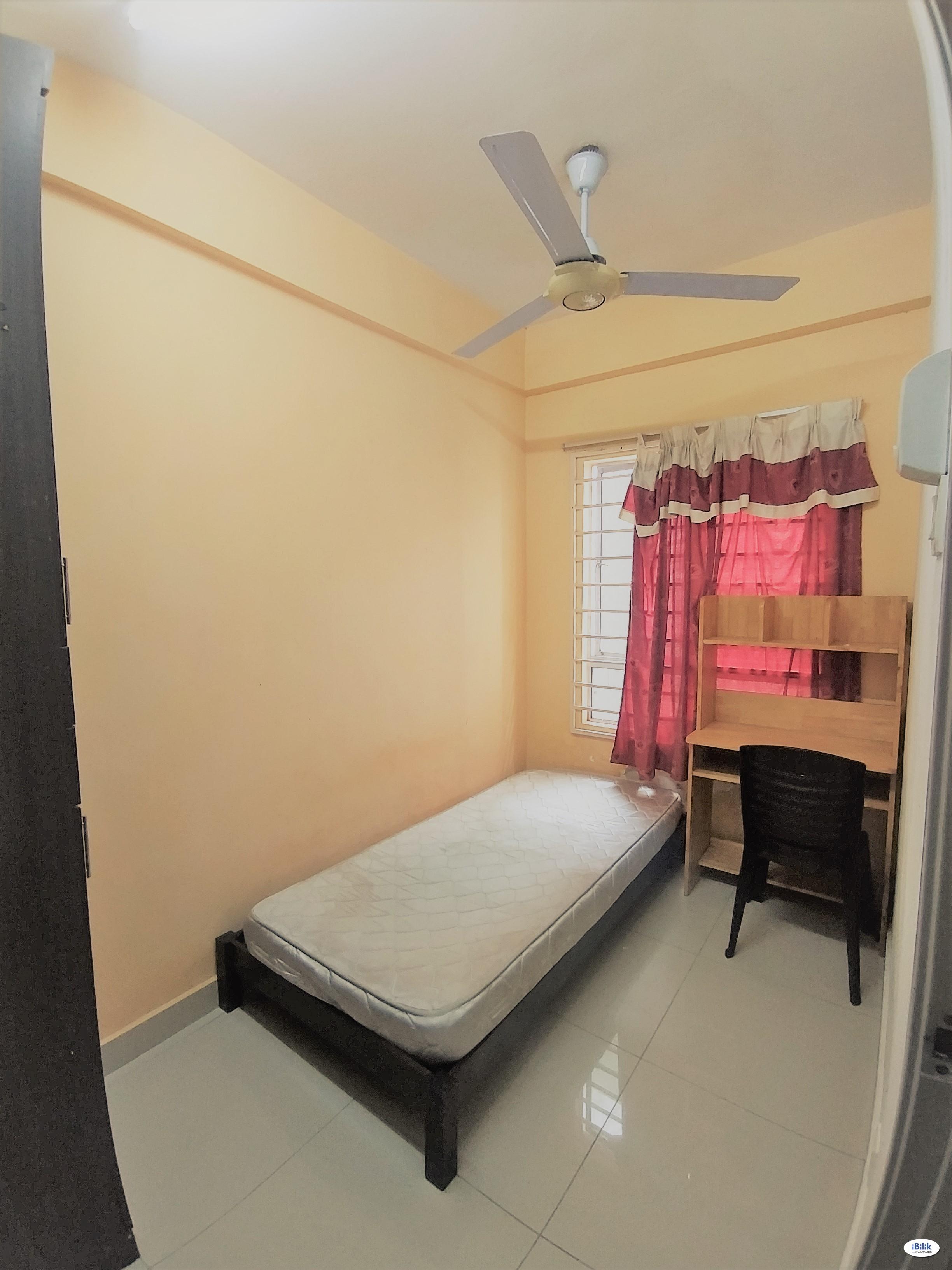Single Small Room at Casa Residenza, Kota Damansara