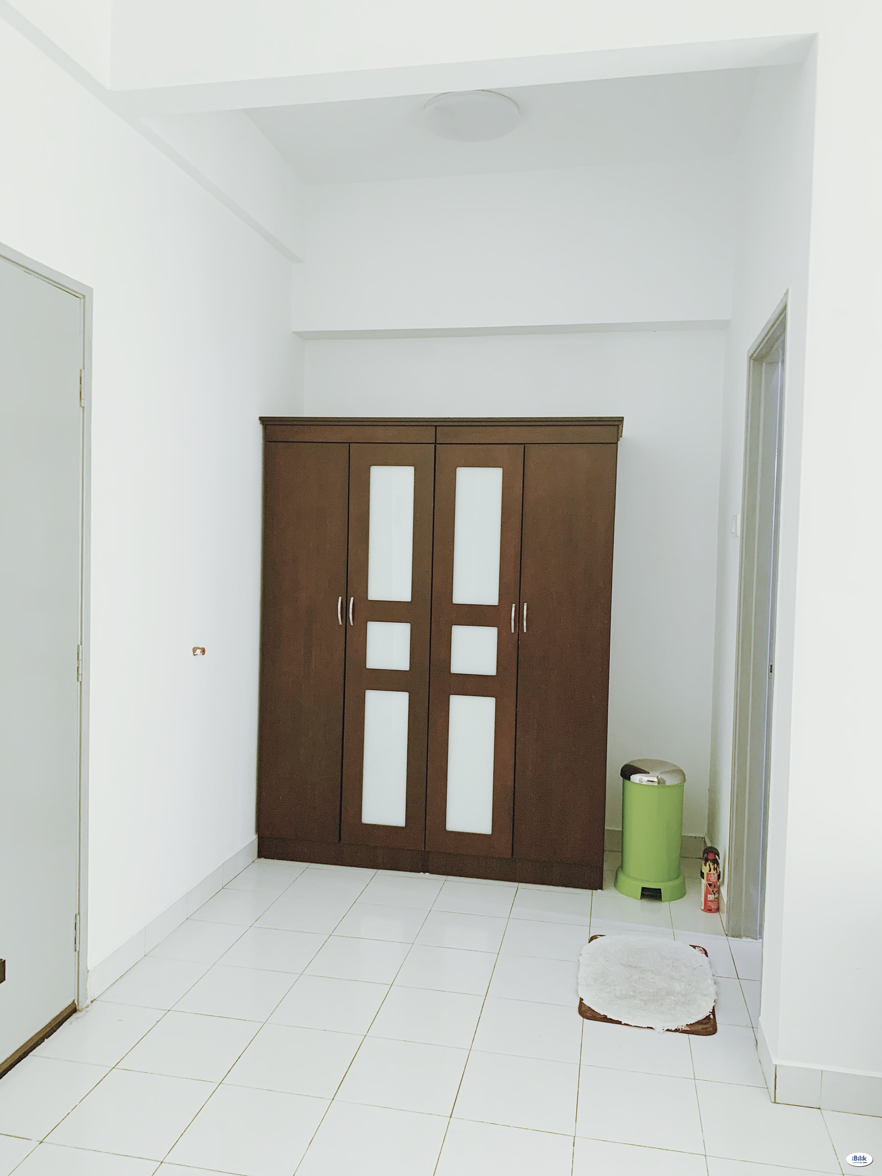 Master room for rent at Sterling Condominium with private ?bathroom