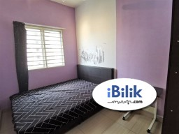 Room Rental in Cheras - [Queen Bed] Middle Room at Putra Suria Residence, Bandar Sri Permaisuri (3mins walk to LRT)