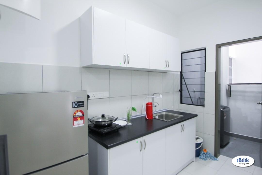 【Can Get FREE 1 month RENTAL】Single bed Room at Astetica Residences, Seri Kembangan (New Renovated Unit)