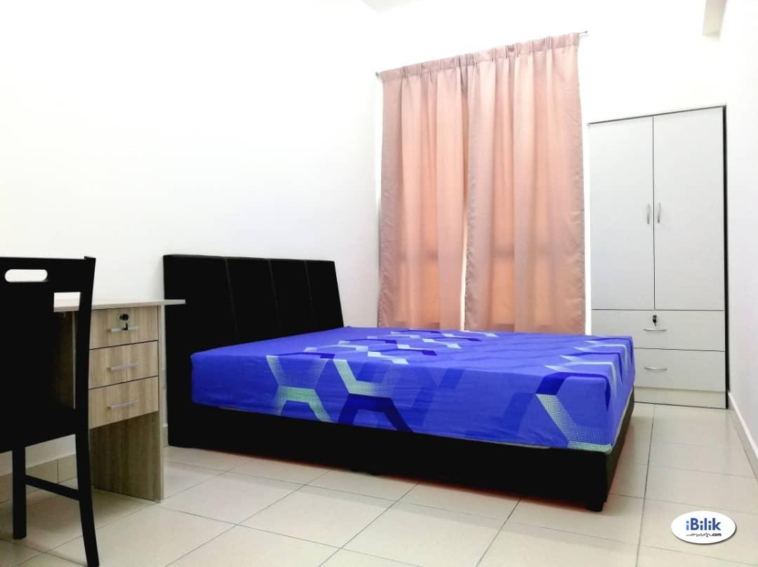 Middle Room at Meritus Residences Condo, Prai Industrial, Prai.
