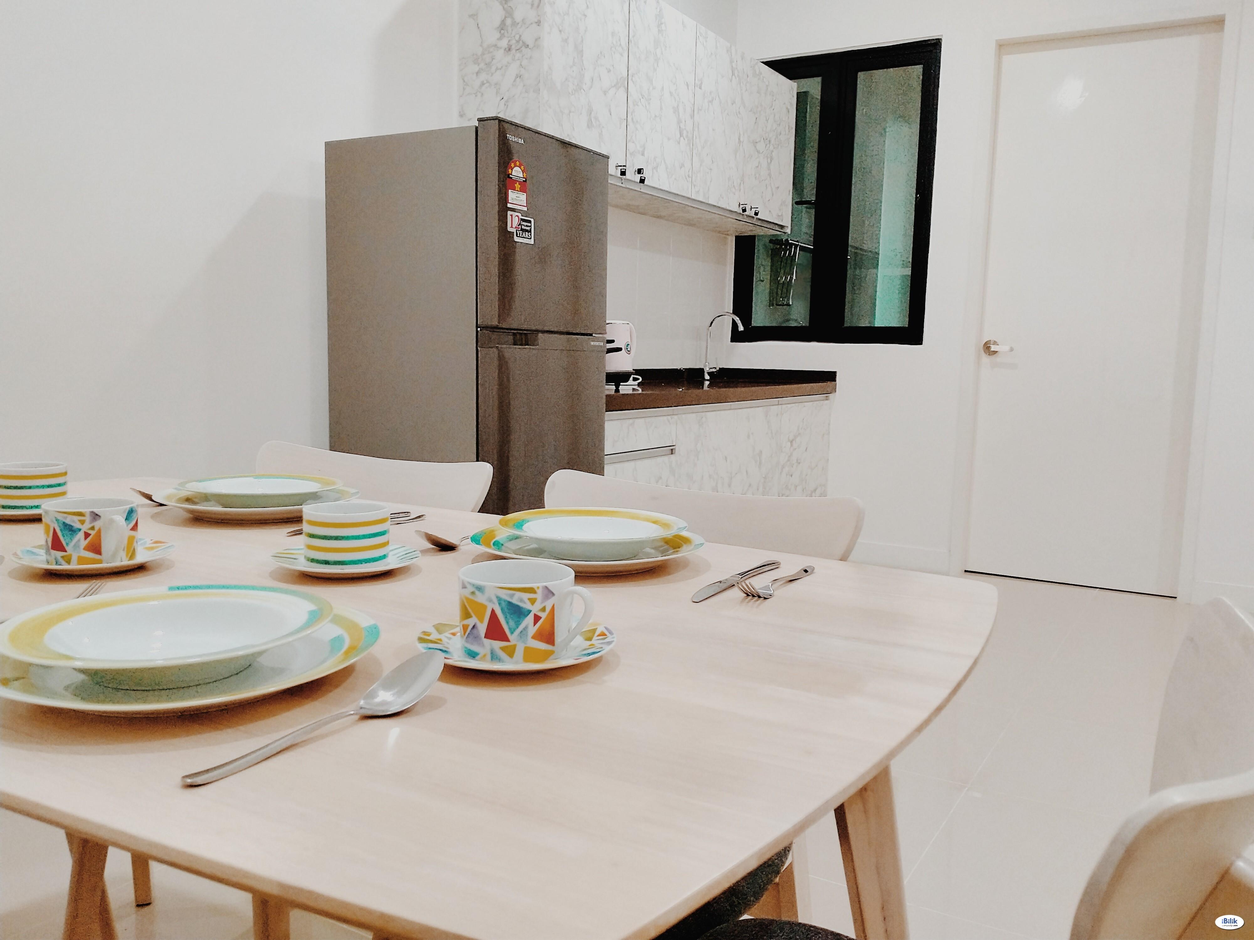 Evoke Residence - Fully Furnished Master Room at Taman Pauh Jaya