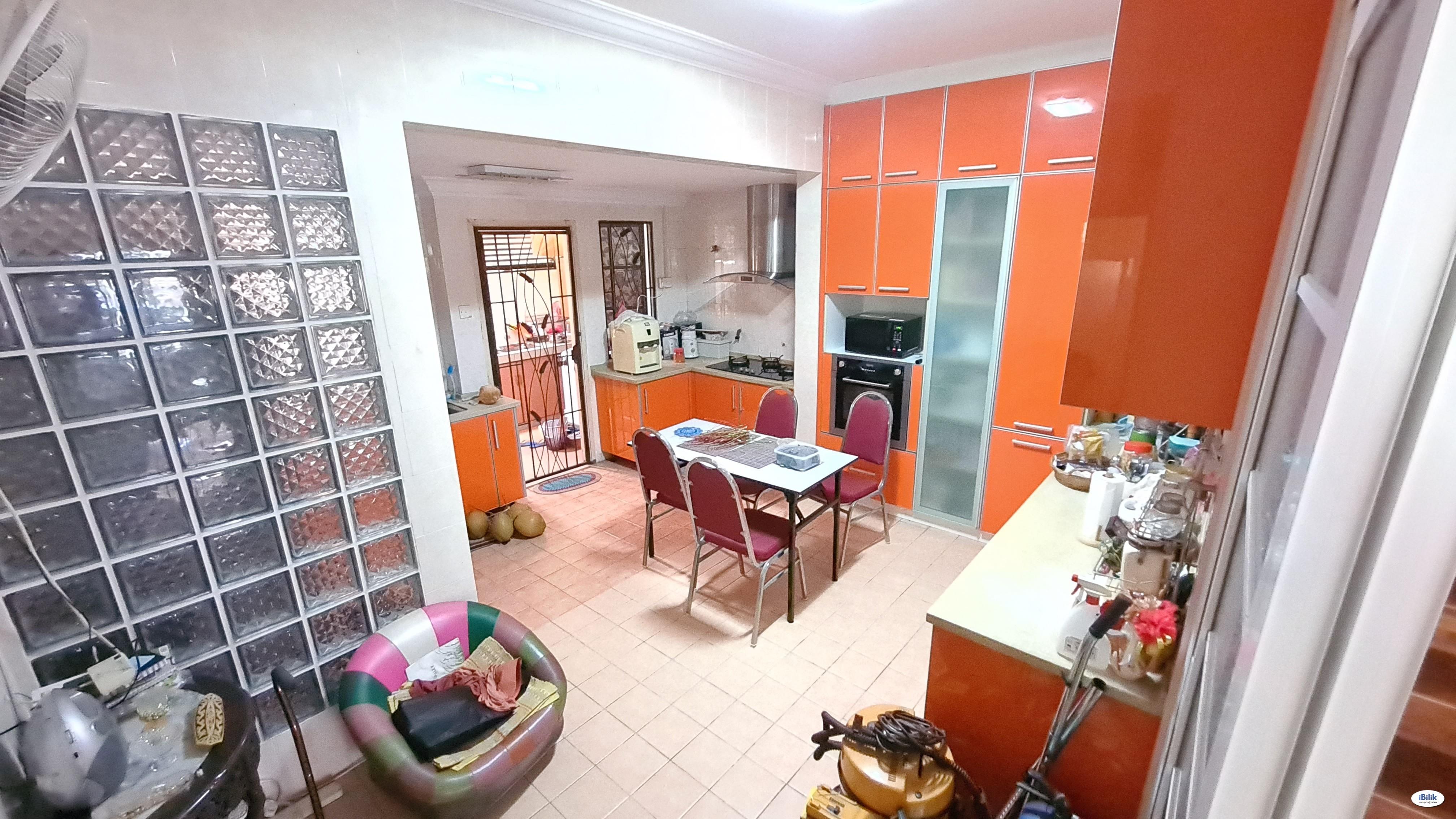 Middle Room Semi-D Precinct 9 Near Hospital Putrajaya