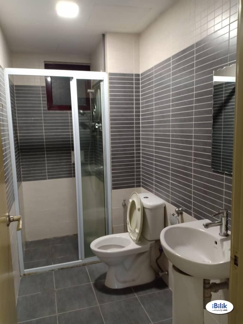 Middle Room at Savanna 1, Bukit Jalil