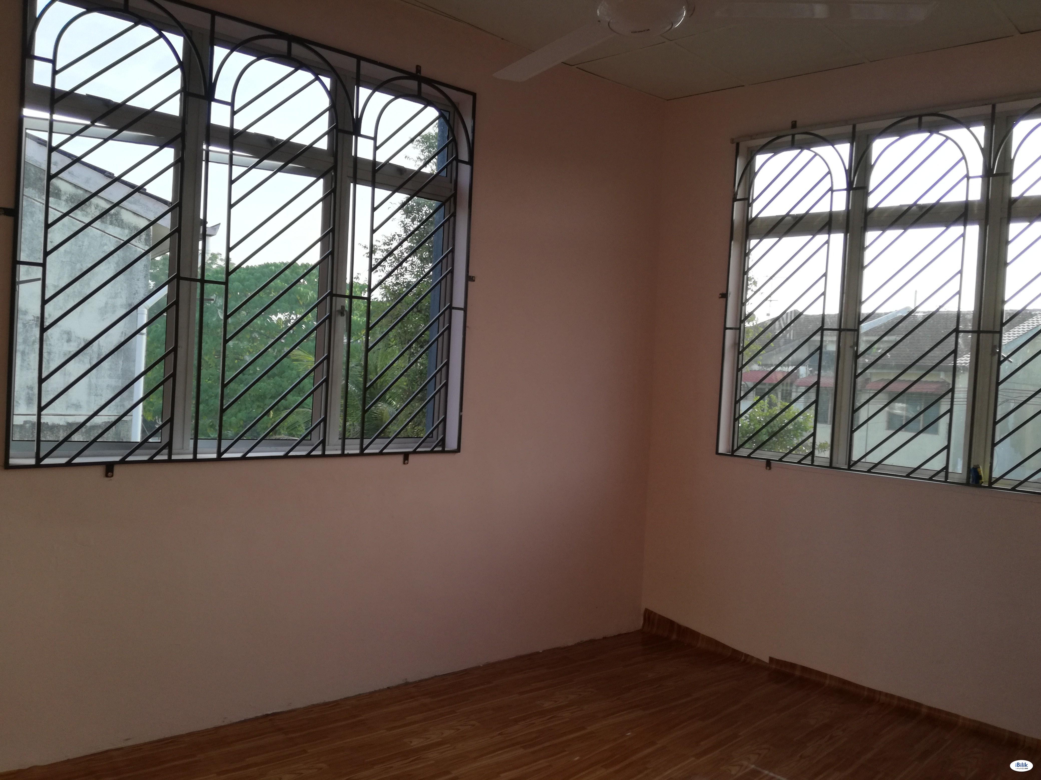 NICE AND CLEAN Middle Room FULLY FURNISED at Seremban Jaya, Senawang