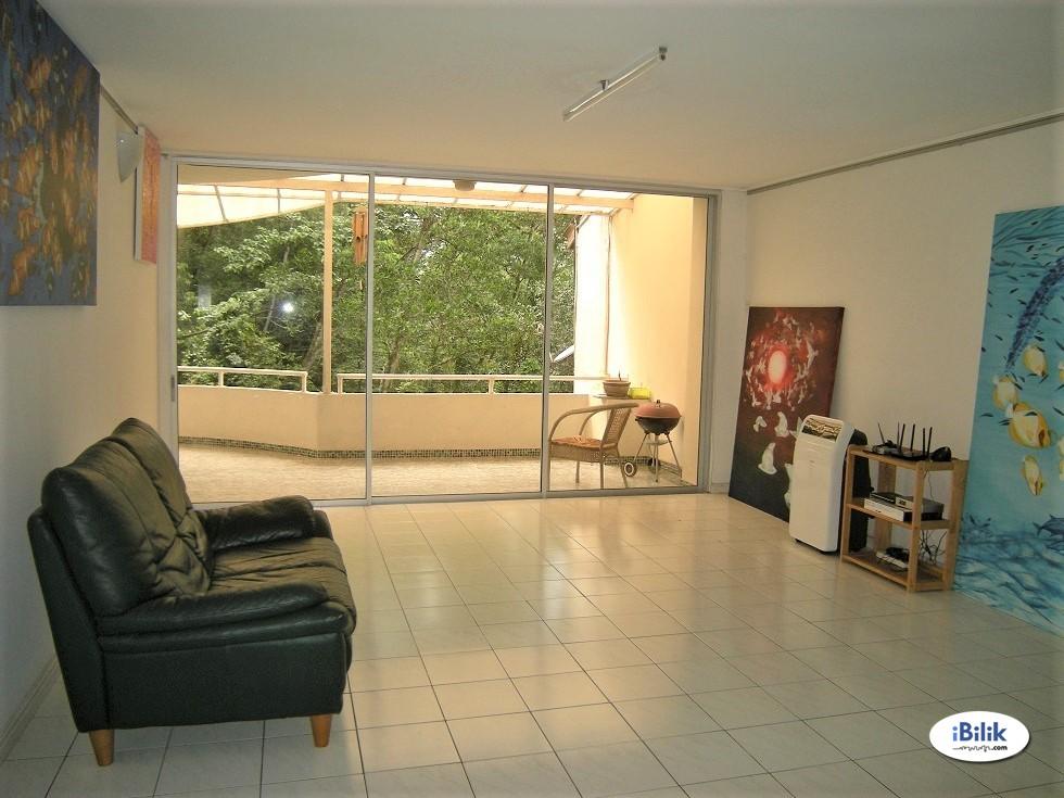 Middle Room at Ukay Club Villas, Ampang