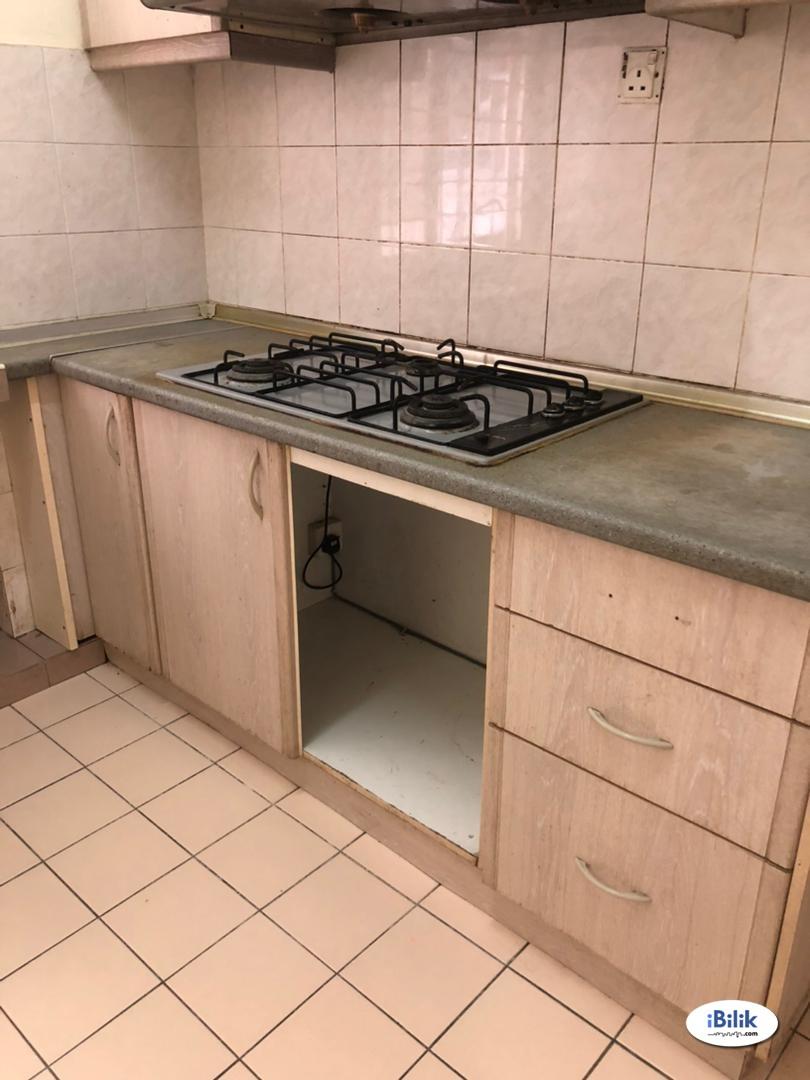 Single Room at Ridzuan Condominium, Bandar Sunway