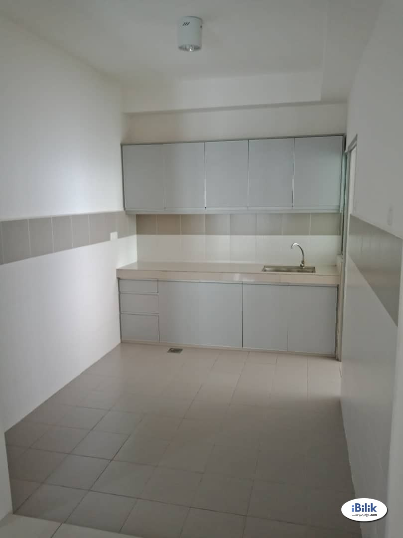 Low Deposit Single Room at Gardenz @ One South, Seri Kembangan
