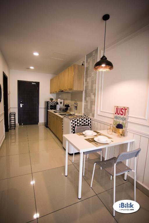 Single Room at Galleria Equine Park Service Apartment, Seri Kembangan