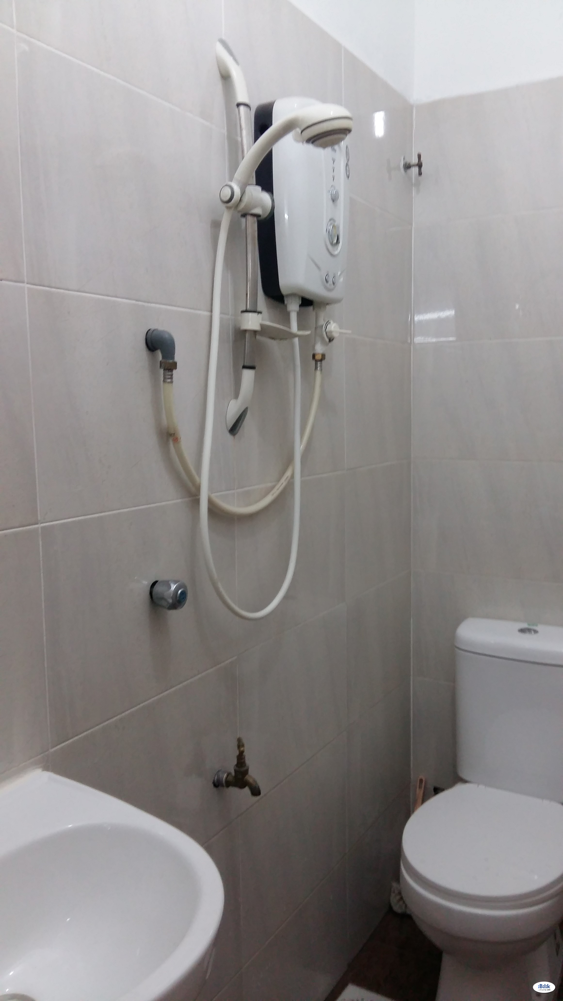 SS15 opp Subang Parade – fully furnished room with private bath