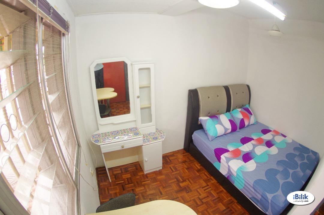 Furnished room - Middle Room at Desa Setapak, Setapak