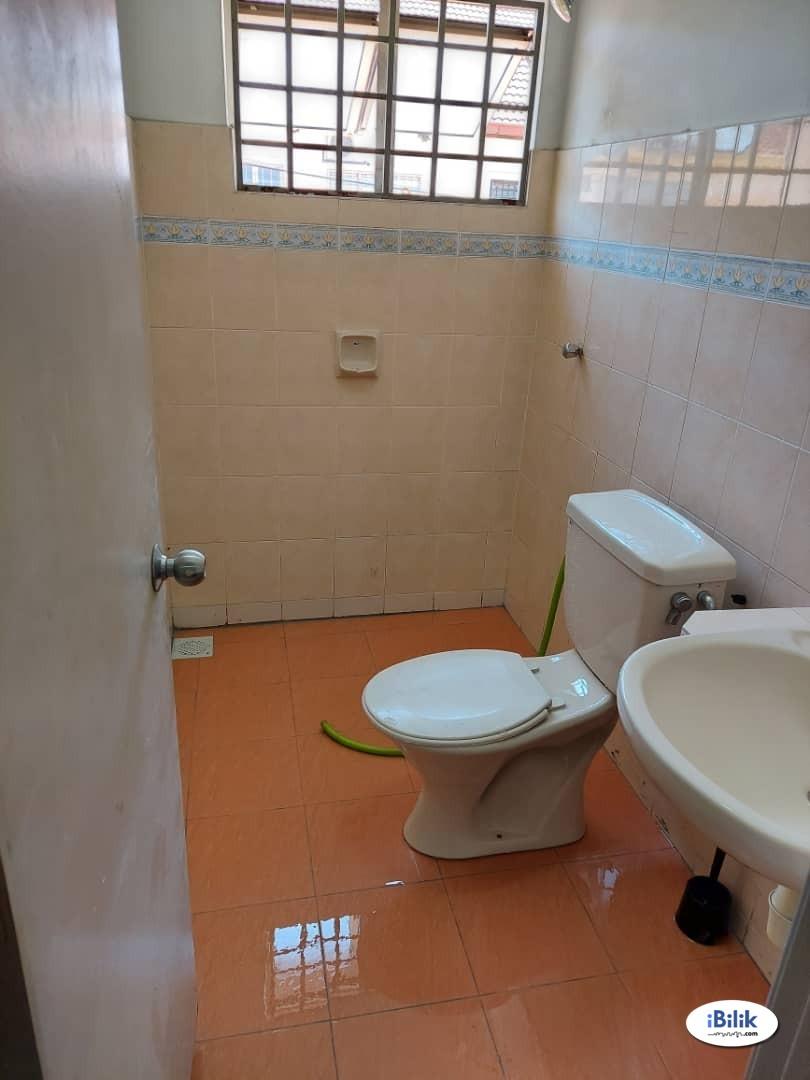 Single Room at Putra Heights, Subang Jaya