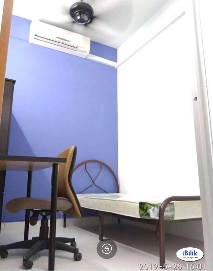 Air Cond Single Room at Avenue Crest, Shah Alam, Seksyen 22, Batu 3, Nearby Gleanmarie, Aeon, Tesco, Giant