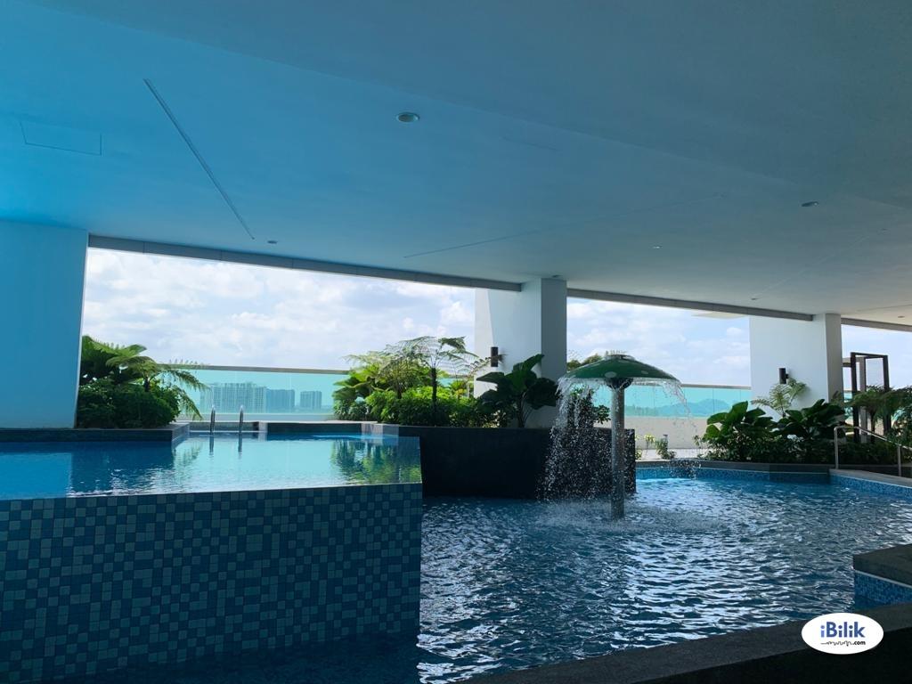 Premium Middle Room at Saville @ D'Lake, Puchong,Nearby 5-10 min driving Puchong Utama, Cyberjaya