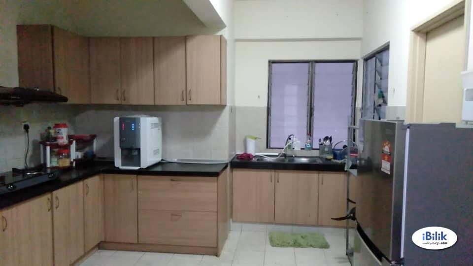 Sentul Jalan Ipoh KL Middle room near KLPAC KTM, LRT / bus Rivercity RiverCity Condominium
