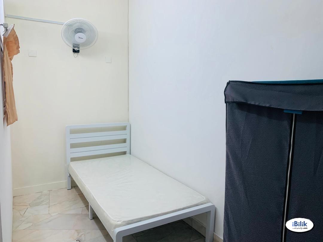 Free Cleaning Service 📣 Single Room at Bandar Puchong Jaya
