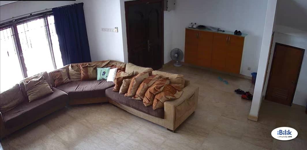 Middle Room at Bandar Utama, Petaling Jaya