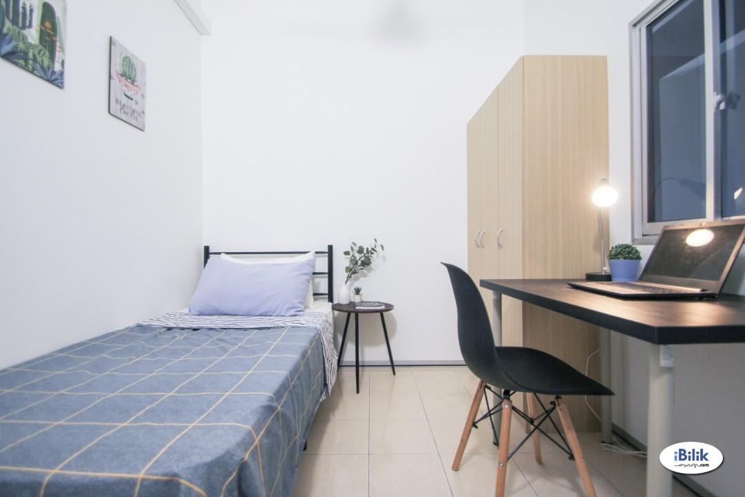 Single Room at SuriaMas, Bandar Sunway Fully Furnished Newly Renovated Nice Unit