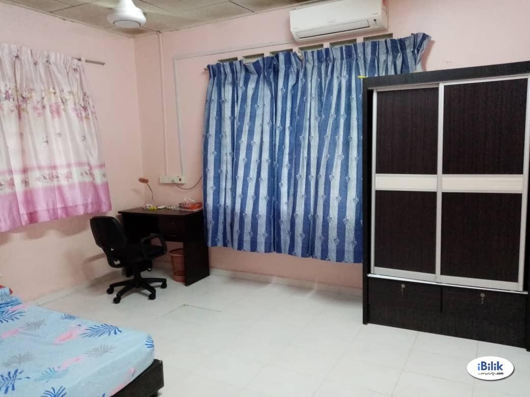 Middle Room at Taman Ungku Tun Aminah, Skudai