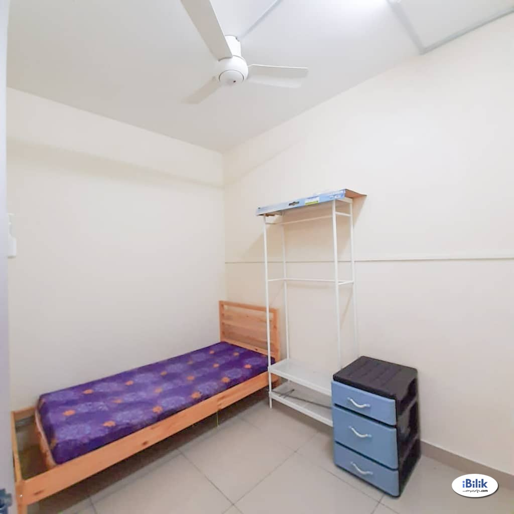 Single Room at Platinum Lake PV21, Setapak