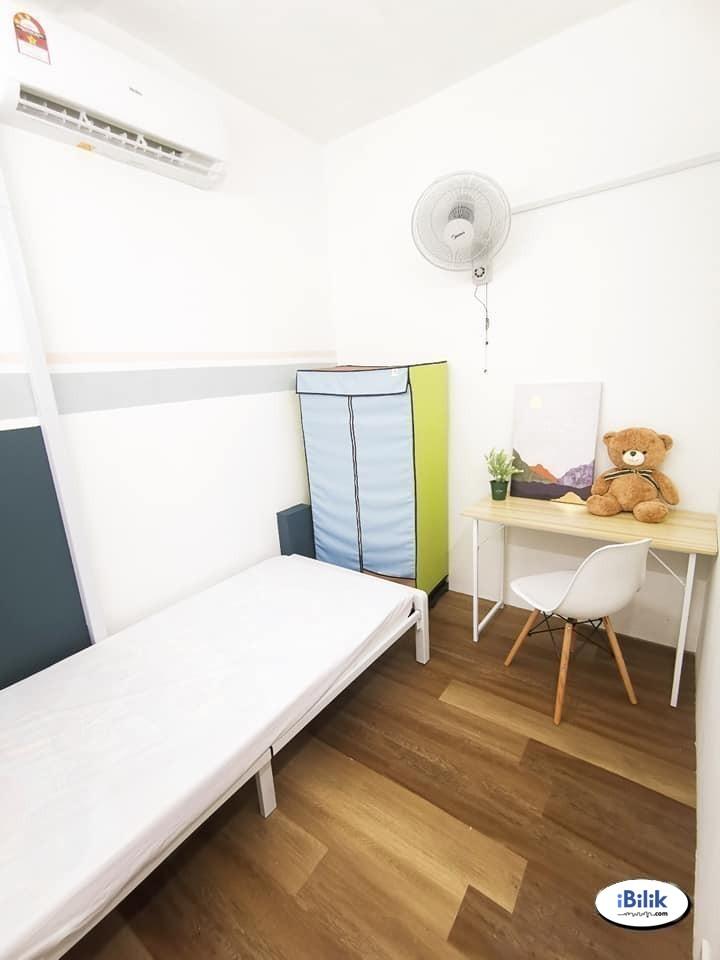 [Zero Deposit] Single Room at Seri Utama, Kota Damansara 🚇